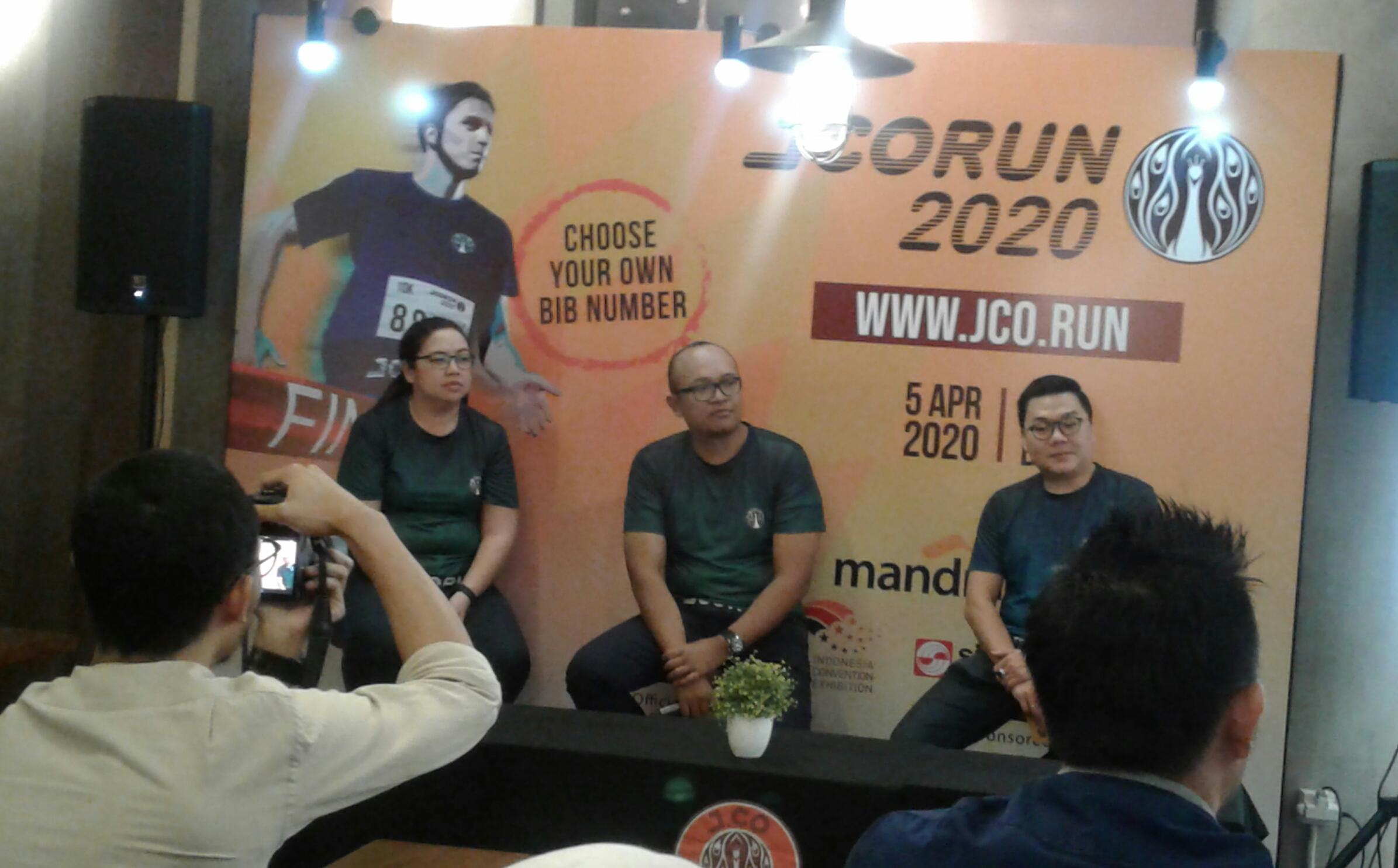 J.CO Indonesia Gelar Road To JCO Run 2020