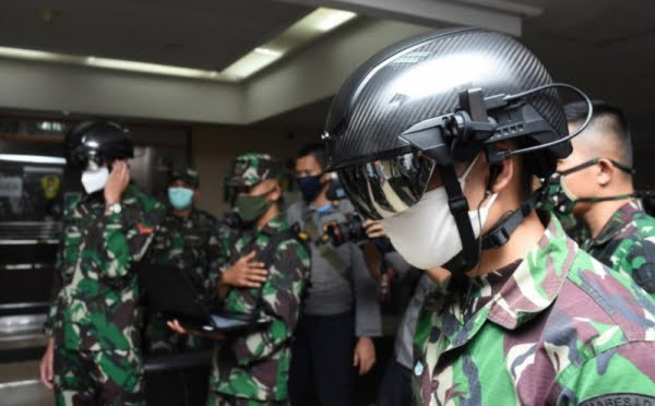 TNI AD gunakan Helmet Thermal KC Wearable Anti Corona